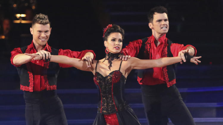 Henry Byalikov, Melissa Rycroft and Tony Dovolani (11/12/12)