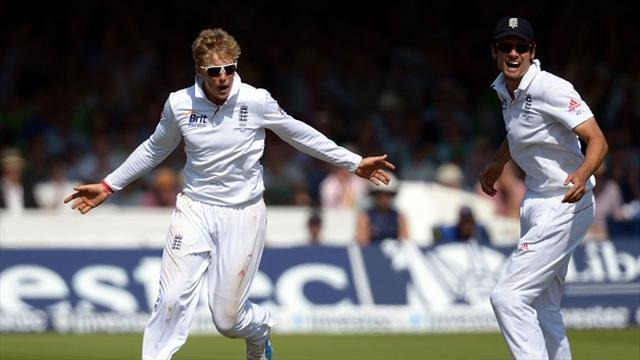 Ashes - Cook praises hard-working England