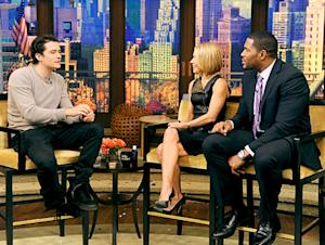 Orlando Bloom Cheerful in Live TV Interview Hours After Miranda Kerr Split Announcement