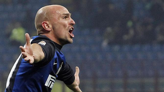 Serie A - River Plate 'close in on Cambiasso'