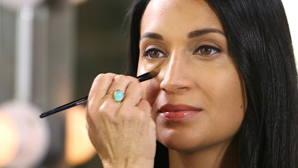 Good Morning America Beauty Tips : Makeup bobbi brown s tips for choosing concealer