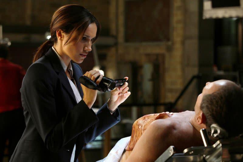 <p>四、「危機邊緣」Fringe,2009:在JJ亞柏蘭的這齣科幻影集中,梅根馬克爾飾演FBI青少年探員艾美傑賽普,並演出了一段橫跨兩集的劇情線。 </p>