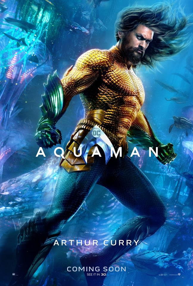 <p>「水行俠」亞瑟庫瑞(Aquaman / Arthur Curry)◆傑森摩莫亞(Jason Momoa):人類和亞特蘭提斯混血的亞瑟庫瑞是亞特蘭娜女王之子,也不情願地當上了亞特蘭提斯和大海之王。他擁有超乎常人的力氣、游起泳來可超越音速,不僅能操控大海巨浪,還能跟其他海中生物對話。 </p>