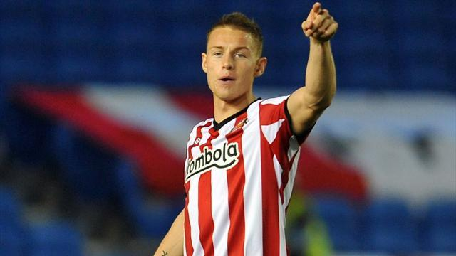 Premier League - Wickham ready to take chance at Sunderland