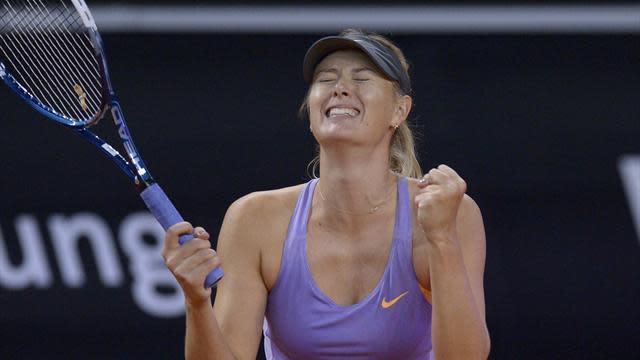Tennis - Sharapova battles past Ivanovic to win Stuttgart title