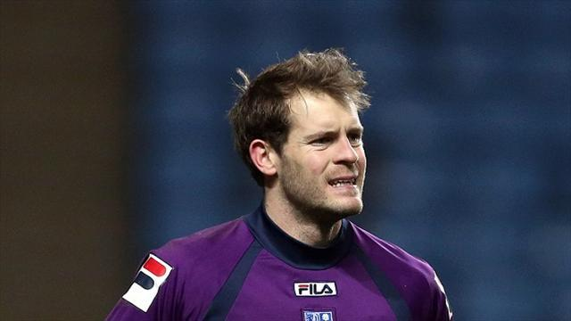 League One - Fon Williams pens new deal