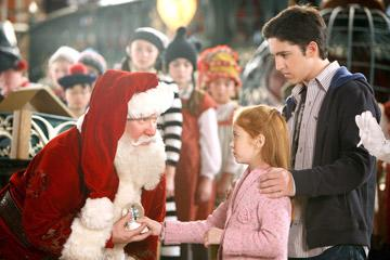 Tim Allen , Liliana Mumy and Eric Lloyd in Disney's The Santa Clause 3: The Escape Clause