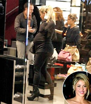 Shakira Shows Off Huge Baby Bump During Christmas Shopping Trip