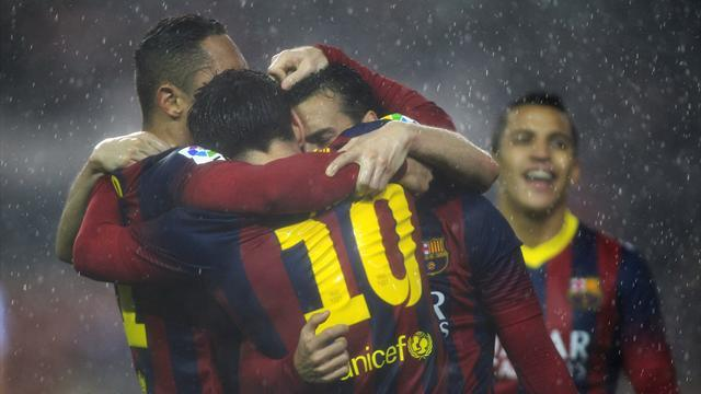 European Football - Weekend review: Messi sparks Barca, Juventus held