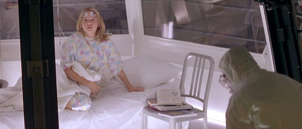 <p>四、《異種》蜜雪兒威廉斯:還沒來到海邊的曼徹斯特、成為無助婦人之前,蜜雪兒威廉斯也曾是對抗外星生物的佼佼者。蜜雪兒威廉斯在1995年的《異種》中演出女主角的少女時期,也奠定了她在驚悚恐怖類型電影中的知名度。她更在1998年演出了《月光光心慌慌7》,逐步在商業電影打穩地基。(圖:米高梅) </p>