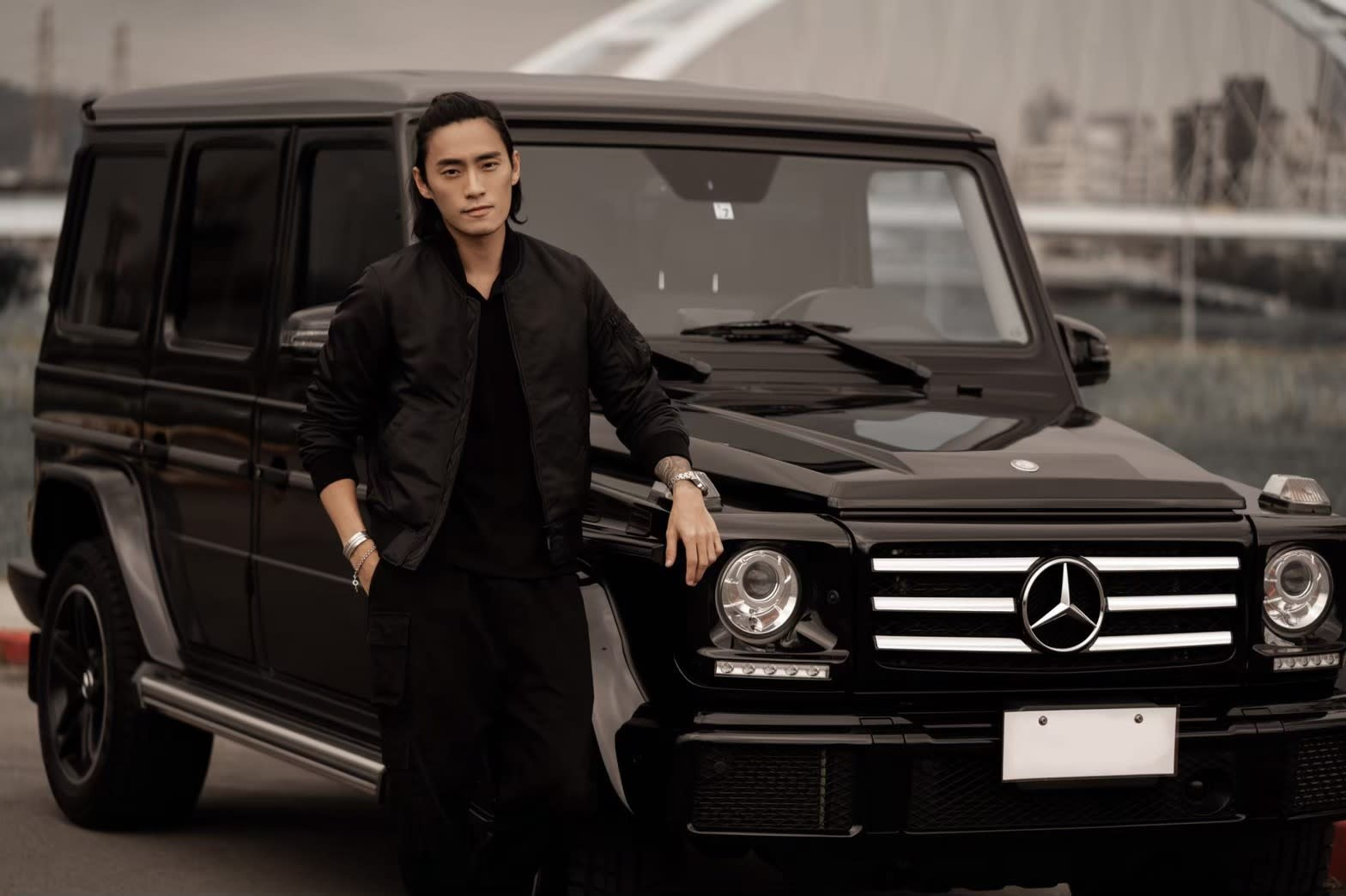 【明星聊愛車】時尚名模Vic陳仲熙 硬漢的選擇日規M-Benz G550