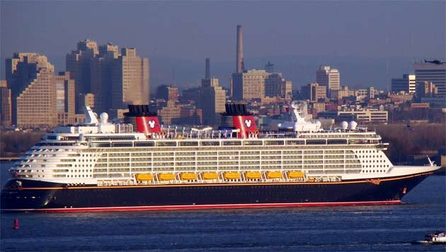 Top Cruise Ships In The World World Front Eye