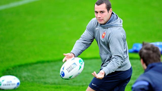 Rugby - France's Doussain replaces Parra in NZ tour squad