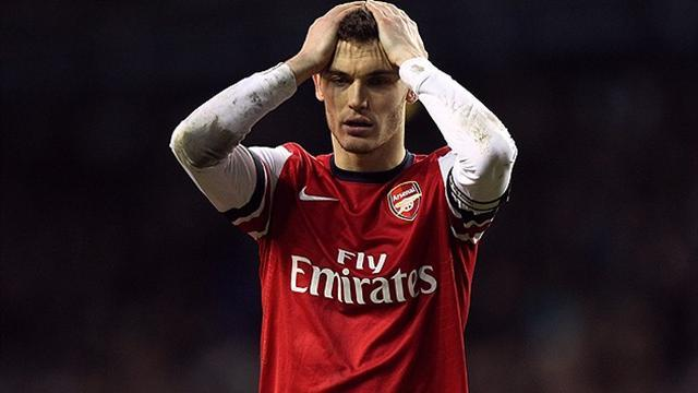 Premier League - Wenger expects Vermaelen to stay