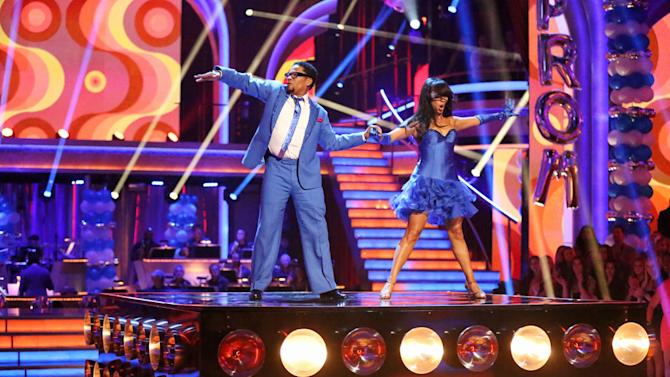 D.L. Hughley and Cheryl Burke (4/1/13)