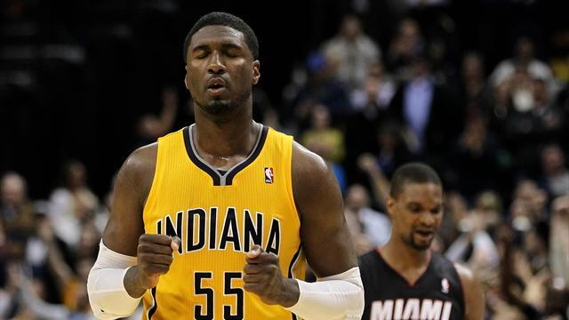 Basketball - Pacers edge Heat in high-quality encounter
