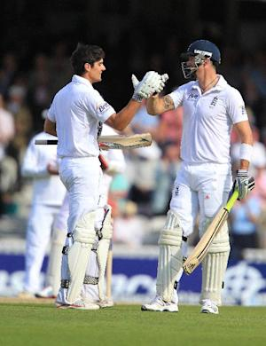Alastair Cook and Kevin Pietersen both enjoyed an excellent morning in India