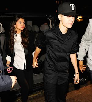 PIC: Justin Bieber, Selena Gomez Hold Hands in Northern Ireland