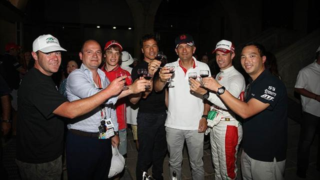 WTCC - Drinking a toast with Porto wine