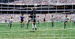 FOOTBALL 1986 World Cup 1986 England Argentina Maradona 'hand of God' - 0