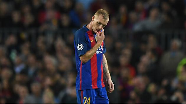 Barcelona without Mathieu for three weeks