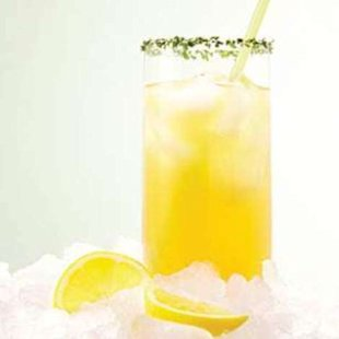 4 Natural Energy Boosters: What to Drink and Eat for More Energy, Naturally
