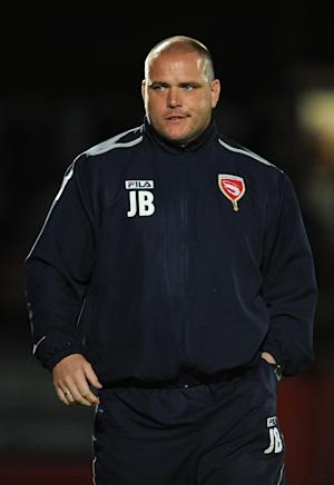 Jim Bentley has agreed a deal to bring Ryan Williams to Morecambe