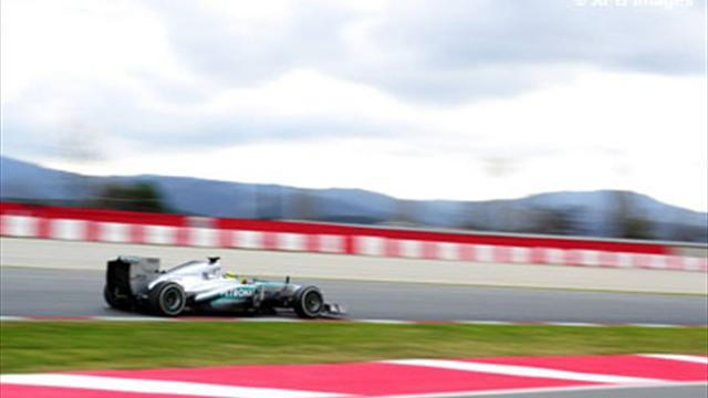Formula 1 - Rosberg fastest on day one in Barcelona