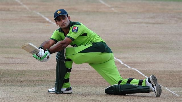 Cricket - Pakistan drop Hafeez