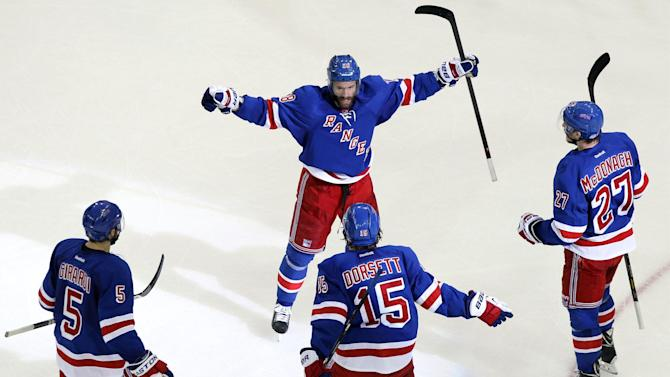 Ice Hockey - Rangers beat Canadiens to reach Stanley Cup