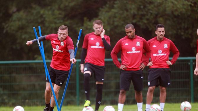 Soccer - FIFA World Cup Qualifying - Group A - Wales v Macedonia - Wales Training Session - Hensol