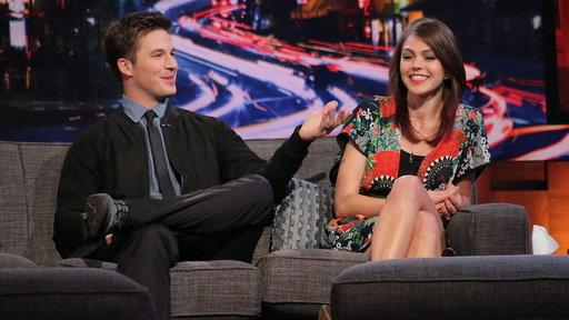Aimee Teegarden & Matt Lanter Talk 'Game of Thrones,' 'Star Wars,' & 'Friday Night Lights'