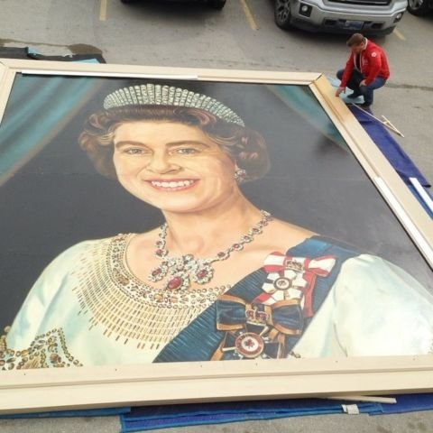 Photo of Queen Elizabeth II painting on Kijiji