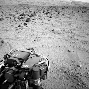 Mars Rover Curiosity's Long Drive Shifts Into High Gear