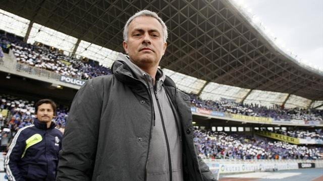 Premier League - Mourinho set for Chelsea unveiling