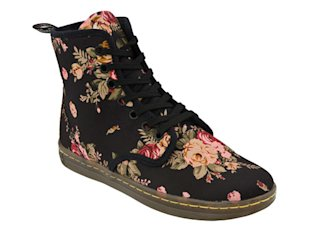 Dr. Martens Shoreditch Boots in Black Floral