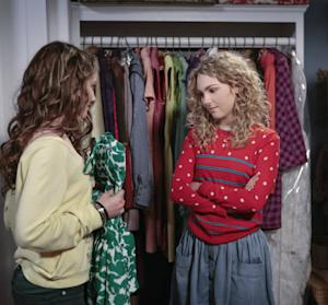 """This undated image released by The CW shows AnnaSophia Robb as Carrie Bradshaw in """"The Carrie Diaries."""" The new hour-long drama premieres Monday at 8 p.m. EST on the CW. (AP Photo/The CW)"""