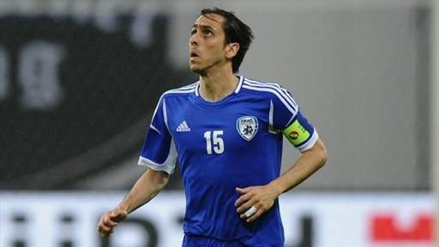 Israel drop captain Benayoun