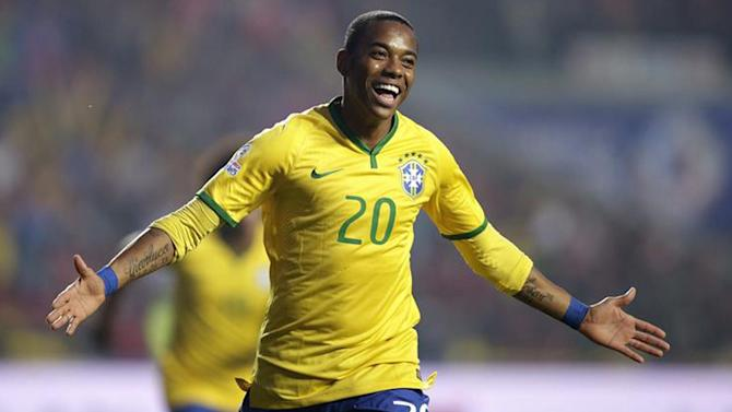 Football - Robinho leaves Santos to join Guangzhou Evergrande
