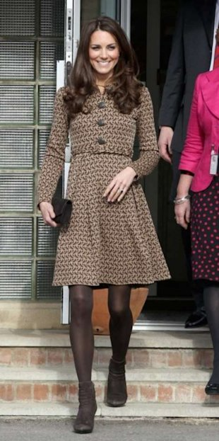 Kate Middleton, 'short' skirt