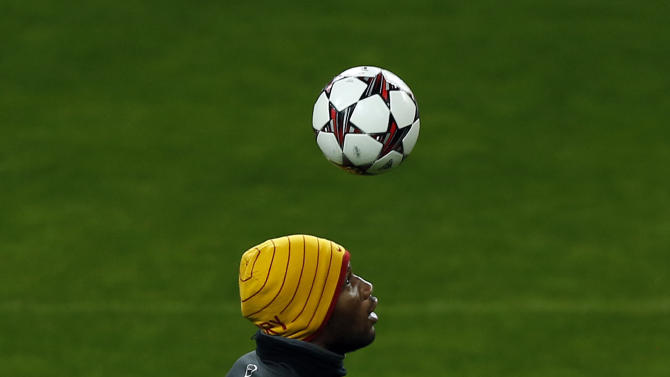 Galatasaray's Didier Drogba from the Ivory Coast, controls the ball during a training session in Madrid, Spain, Tuesday, Nov. 26, 2013. Galatasaray will play Real Madrid Wednesday in a Group B Champions League soccer match