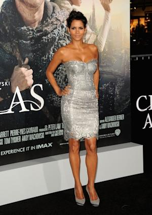 Halle Berry steps out at the 'Cloud Atlas' premiere at Grauman's Chinese Theatre in Hollywood, Calif. on October 24, 2012 -- Getty Images