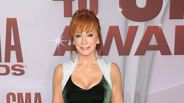 Reba Mc Entire CMA Awards