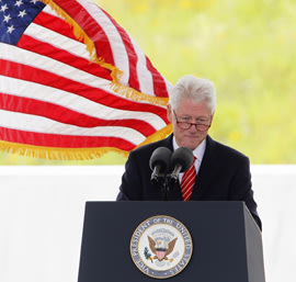 Former U.S. president Bill Clinton speaks at the ceremony marking the opening of the Flight 93 National Memorial, September 10, 2011. (REUTERS/Jason Cohn)
