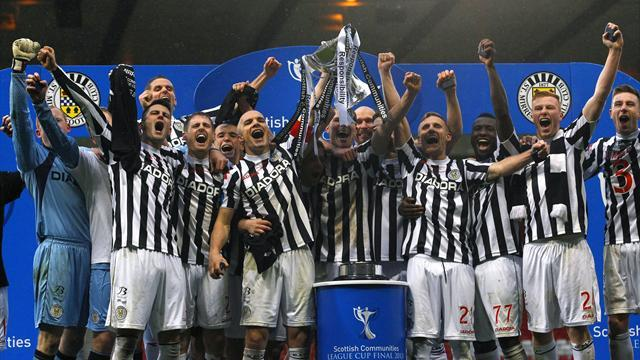 Scottish Football - St Mirren beat Hearts to lift League Cup