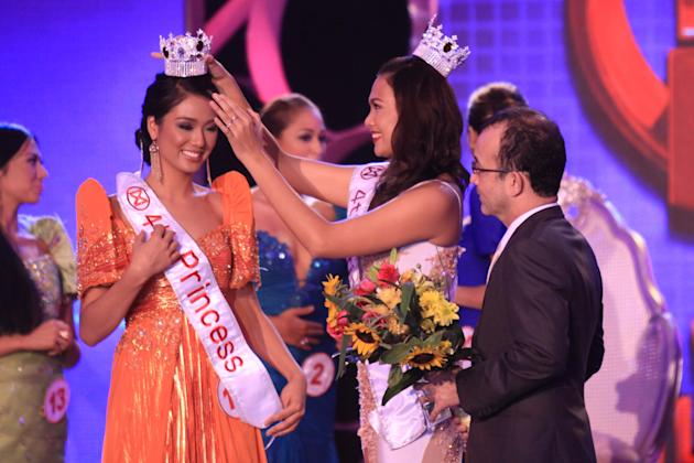 Brenna Cassandra Gamboa of Laurel, Batangas was awarded 4th Princess during the Miss World Philippines 2012 coronation night held at the Manila Hotel on 24 June 2012. (NPPA Images)