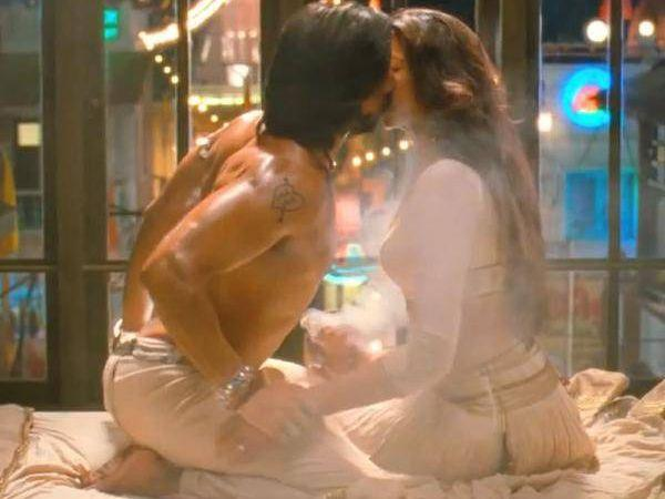 Bollywood's Hottest On-Screen Liplocks