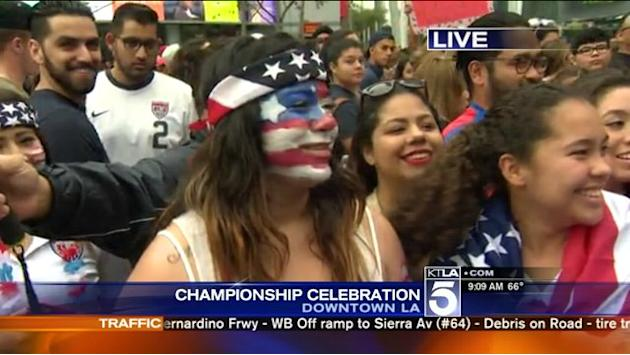 Thousands Gather for Downtown L.A. Rally Honoring U.S. Women`s World Cup Champions