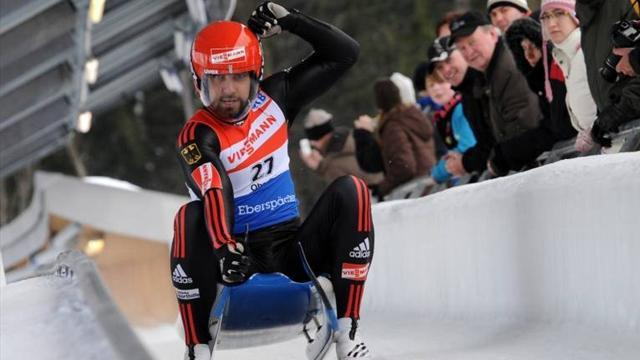 Luge - Langenhan speeds to gold
