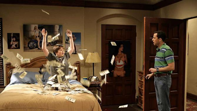 Jake (Angus T. Jones) comes into a windfall when Charlie takes him to the track, and Alan (Jon Cryer) is stuck in that special hell known as the Department of Motor Vehicles. Series star Jon Cryer makes his directorial debut on Two and a Half Men.